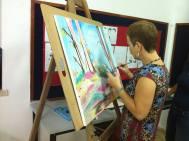 מציירת