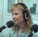 בשידור עצמו רדיו קסם על ספרים סופרים ומהאוזניות